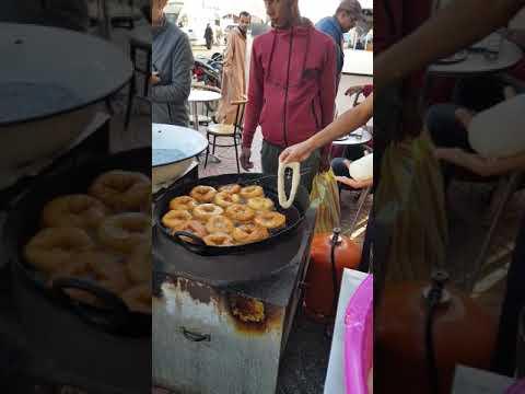 Sfenj Bäcker in Sidi Ifni / Marokko